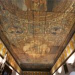 Soffitto in legno dipinto all'interno del Castello